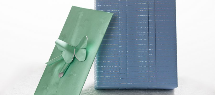 Geschenkverpackung und Gutschein